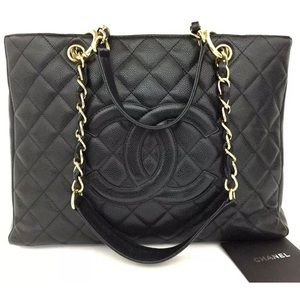 CHANEL Quilted Matelasse Caviar grand shopping tot